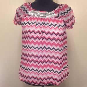 🔥4/$25 George Girls Pink Chevron Sequence Top